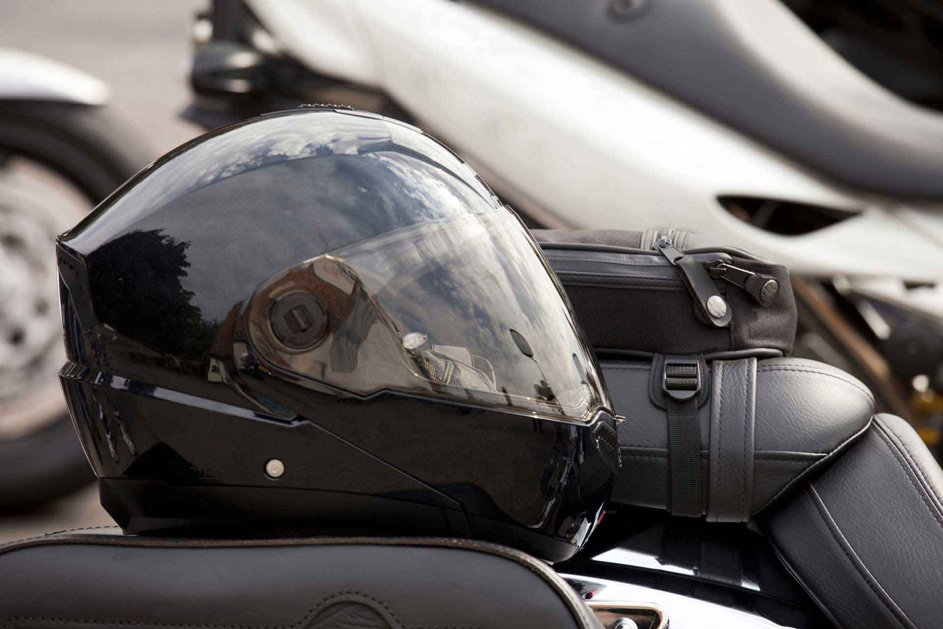 Scooters, mopeds, motorbikes, motorcycles, motocycles from Peugeot Motocycles UK